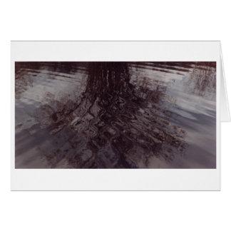 池で横断するさざ波 カード