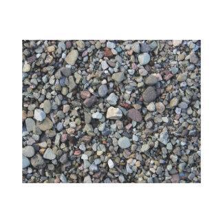 池の海岸の小さい小石 キャンバスプリント