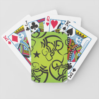 決してカードを遊ぶすごいカッコいい及びクリエイティブを与えないで下さい バイスクルトランプ