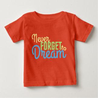 決してグラフィックによってインスパイアティーを夢を見るために忘れないで下さい ベビーTシャツ