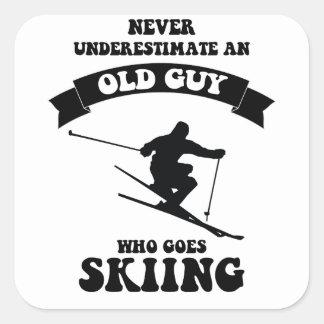 決してスキーをすることを行く古い人を過少見積りしないで下さい スクエアシール