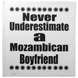 決してモザンビークのボーイフレンドを過少見積りしないで下さい ナプキンクロス