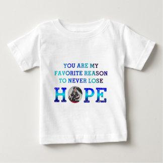 決して希望-チャーリー--を失わないで下さい ベビーTシャツ