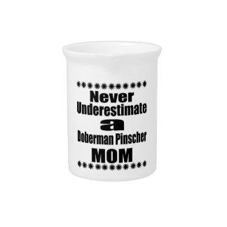 決して(犬)ドーベルマン・ピンシェルのお母さんを過少見積りしないで下さい ピッチャー