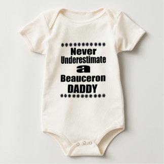 決してBeauceronのお父さんを過少見積りしないで下さい ベビーボディスーツ