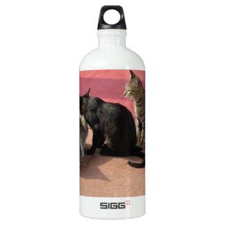 沈痛な気分の3匹の猫 SIGG トラベラー 1.0L ウォーターボトル