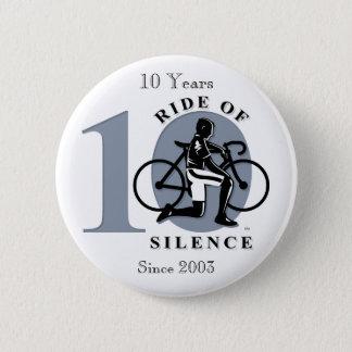 沈黙の第10年次記念ボタンの乗車 5.7CM 丸型バッジ