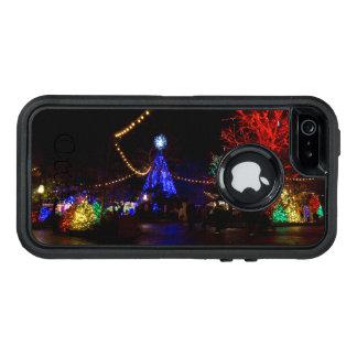 沢山のクリスマスの照明 オッターボックスディフェンダーiPhoneケース