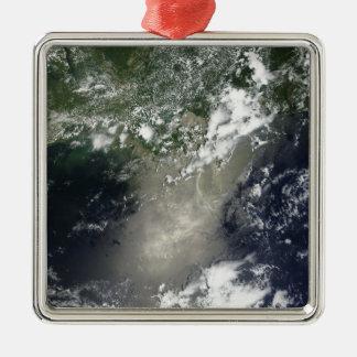油の縞そしてリボンの衛星眺め メタルオーナメント