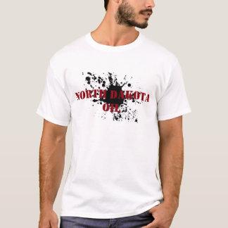 油田のワイシャツのノースダコタの油のステンシル汚れ Tシャツ