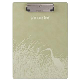 沼地の草の素晴らしい青鷲のシルエット クリップボード