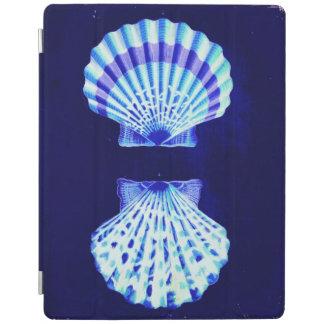 沿岸シックなビーチの素朴で航海ので青い貝殻 iPadスマートカバー