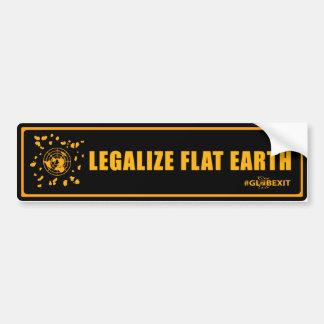 法律化して下さい平らな地球のバンパーステッカー(black&orange)を バンパーステッカー