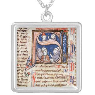 法皇を描写しているグレゴリーHistoriatedのイニシャル」 シルバープレートネックレス