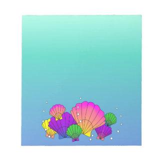 泡が付いているカリブ海の貝 ノートパッド