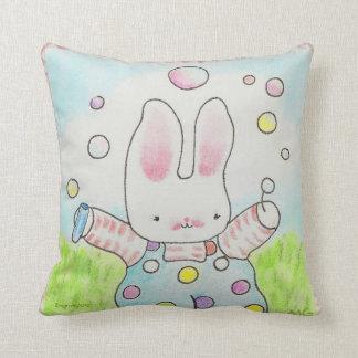 泡バニーの枕 クッション