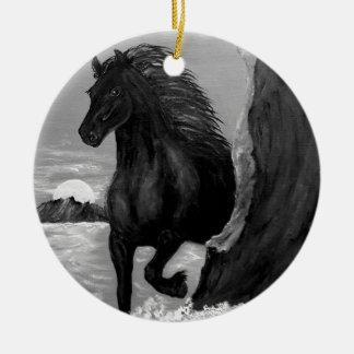 波のFriesianの馬 セラミックオーナメント