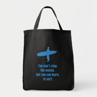 波をストップことができませんサーフするために学ぶことができます トートバッグ