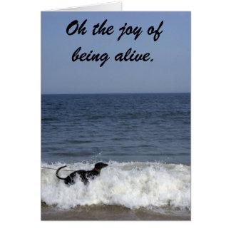 波を楽しんでいるグレイハウンド。 カード