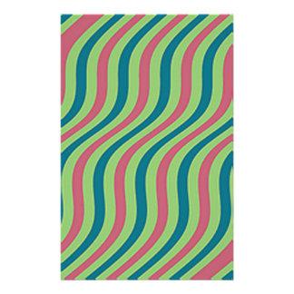 波状のスイカのスライドは縞で飾ります 便箋