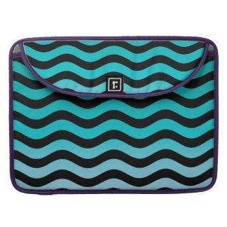 波状のターコイズは縞で飾ります MacBook PROスリーブ