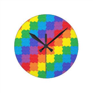 波状の虹は時計を平方します ラウンド壁時計