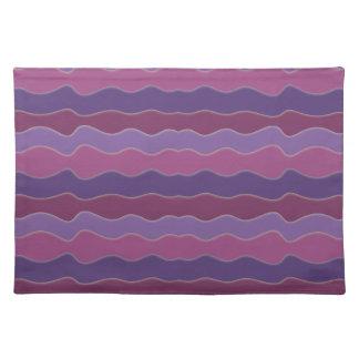 波状ライン紫色のランチョンマット ランチョンマット