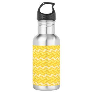 波立てられた黄色 ウォーターボトル