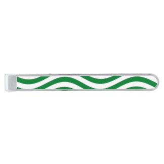 波- SPEARMINTの緑の~の~ --をつかまえて下さい 銀色 ネクタイピン