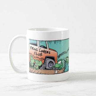 泥地のカエルの悪ふざけ コーヒーマグカップ