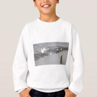 泥地の素晴らしい白鷺 スウェットシャツ