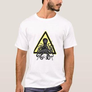 注意! タコ/前方のCthulu Tシャツ