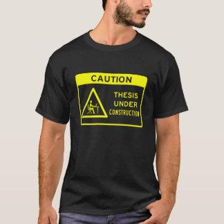 注意: 建設中の説(黄色文字) Tシャツ