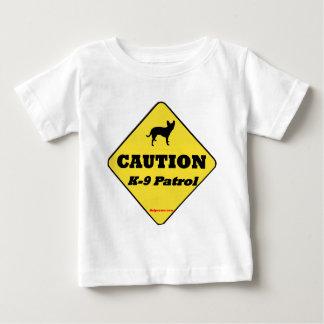 注意K9のパトロール ベビーTシャツ