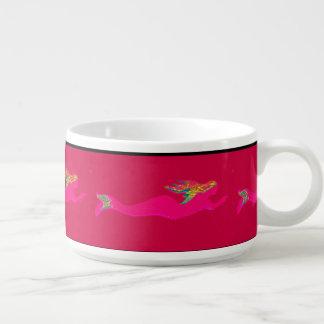 泳いでいる水中ピンクの人魚 チリボウル