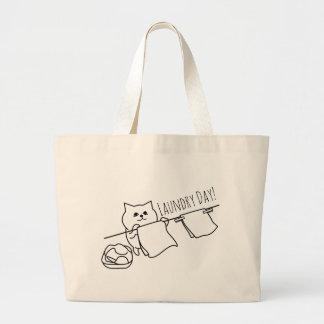 洗浄を釘付けにしている猫 ラージトートバッグ