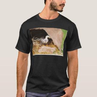 洞窟を守っているアヒル Tシャツ