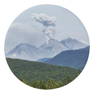活火山を噴火する景色の夏 消しゴム