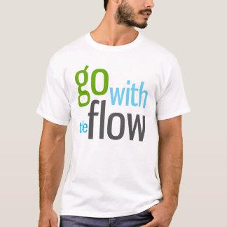 流れと行って下さい Tシャツ