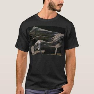 流木の切り株 Tシャツ