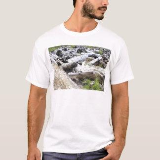 流木の多く Tシャツ