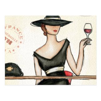 流行の先端を行く女性およびワイングラス ポストカード