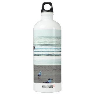 浜の別の美しい日 ウォーターボトル