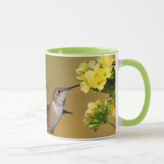 浮遊Rufousハチドリ マグカップ