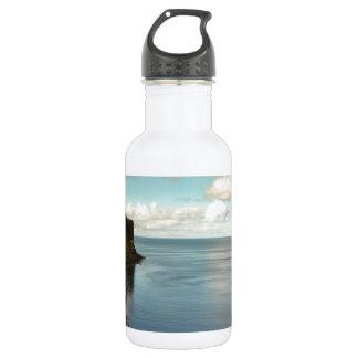 海による崖 ウォーターボトル