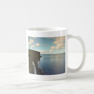 海による崖 コーヒーマグカップ