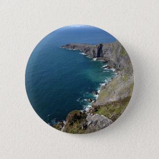 海によるDingleアイルランドのアイルランドの崖 缶バッジ