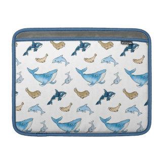 海のほ乳類パターン MacBook スリーブ