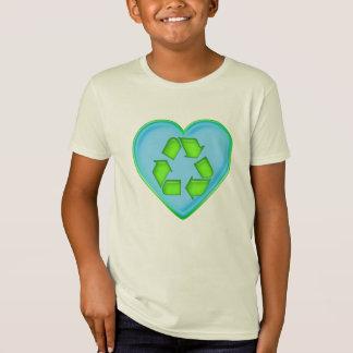 海のハートをリサイクルする愛 Tシャツ