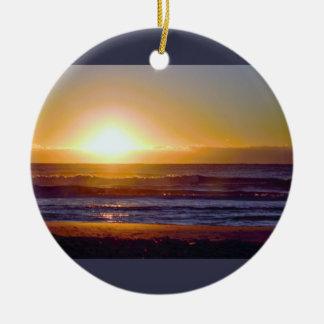 海の日の出の写真 セラミックオーナメント